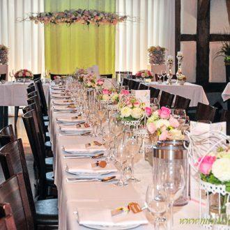 Vintage Hochzeit, Tischdeko, Vogelkäfig, Brauttischhintergrund